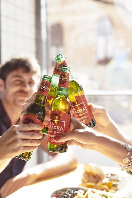 Cerveza La Sagra lanza una iniciativa para regalar más de un millón de euros en cerveza entre los hosteleros de Toledo