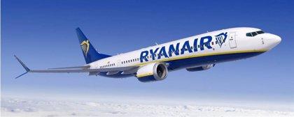 Ryanair firma con Boeing la compra de 75 aviones 737 MAX, el primer pedido en firme tras su 'reflote'