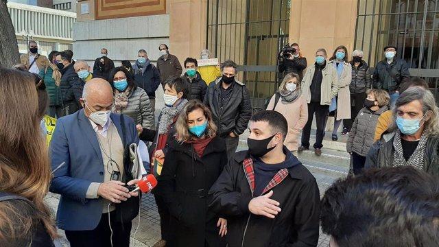 La concejal de la CUP en Tarragona Laia Estrada, en declaraciones a los medios al no acudir a declarar por presuntos desórdenes en una protesta contra el Consejo de Ministros celebrado en Barcelona el 21 de diciembre de 2018.