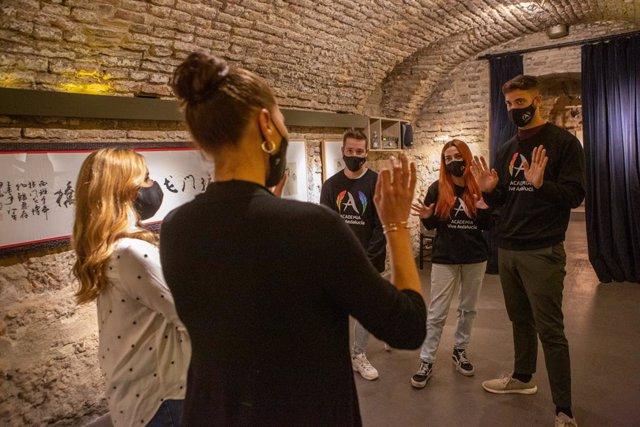 Andalucía mostrará sus atractivos a los jóvenes a través de 'influencers' en una novedosa acción