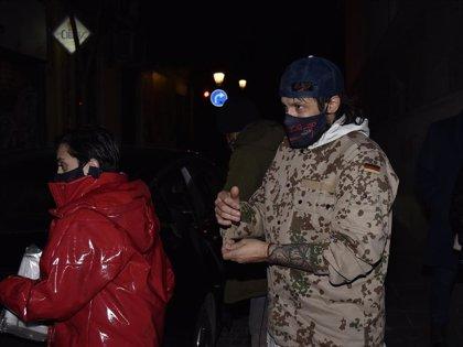 Rafael Amargo y su pareja acudieron a casa de los padres tras salir de los juzgados