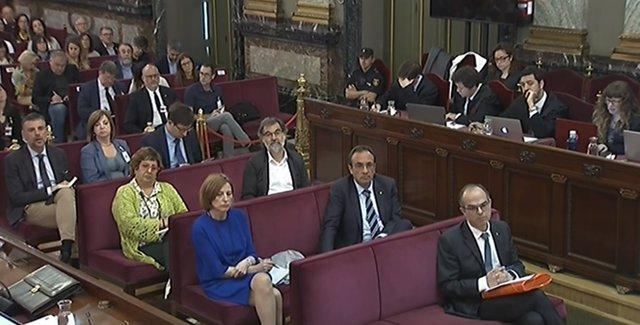 Los acusados siguen las conclusiones de la Fiscalía durante el juicio por el procés en el Tribunal Supremo