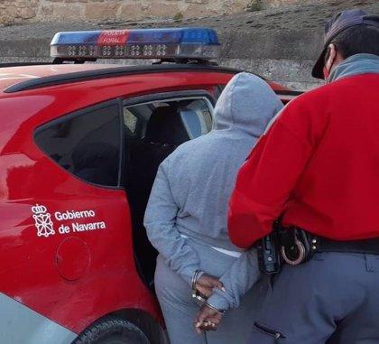 Detenida en Tafalla una mujer por lesionar y maltratar a una persona mayor que cuidaba