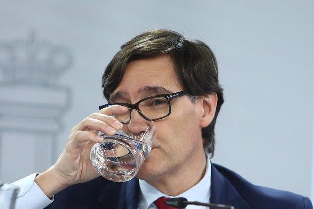 El ministro de Sanidad, Salvador Illa, comparece en rueda de prensa tras la reunión del Consejo Interterritorial del Sistema Nacional de Salud, en Madrid (España), a 2 de diciembre de 2020.