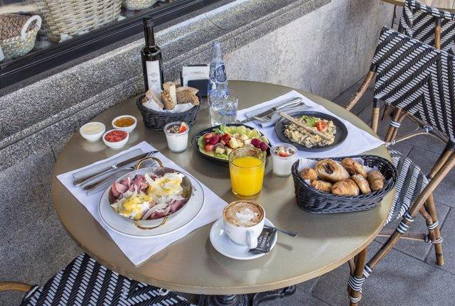 Brunch del Café Comercial, en Madrid