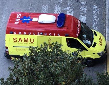 Un hombre fallece y un menor resulta herido en el accidente entre dos motos en Dénia