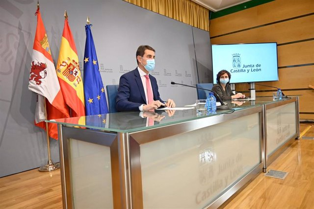 El consejero de la Presidencia, Ángel Ibáñez, presenta la Oferta de Empleo Público de 2020.