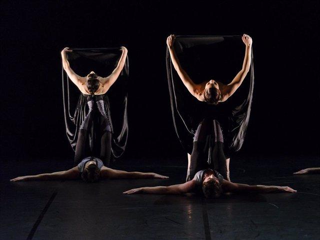 Coreografía 'Un ballo' de IT Dansa