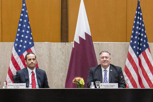HANDOUT - 14 September 2020, US, Washington: US Secretary of State Mike Pompeo (R) and Qatari Deputy Prime Minister and Foreign Minister Mohammed bin Abdulrahman Al Thani, attend the US-Qatar Strategic Dialogue in Washington. Photo: Freddie Everett/US Dep