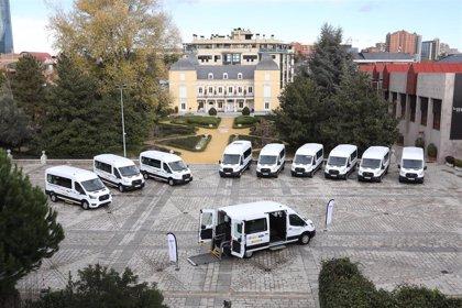 Fundación ONCE, Real Patronato sobre Discapacidad y Ford España entregan 11 vehículos adaptados