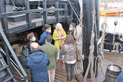 La Nao Victoria visita el puerto de Barbate (Cádiz), donde permanecerá hasta el 13 de diciembre