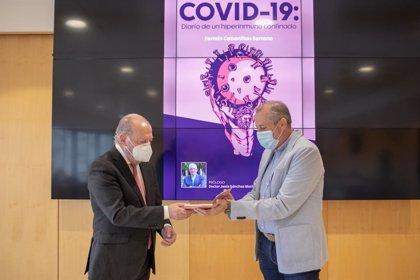 Villalobos valora el gesto solidario del periodista Fermín Cabanillas con su 'Diario de un hiperinmune' frente al Covid