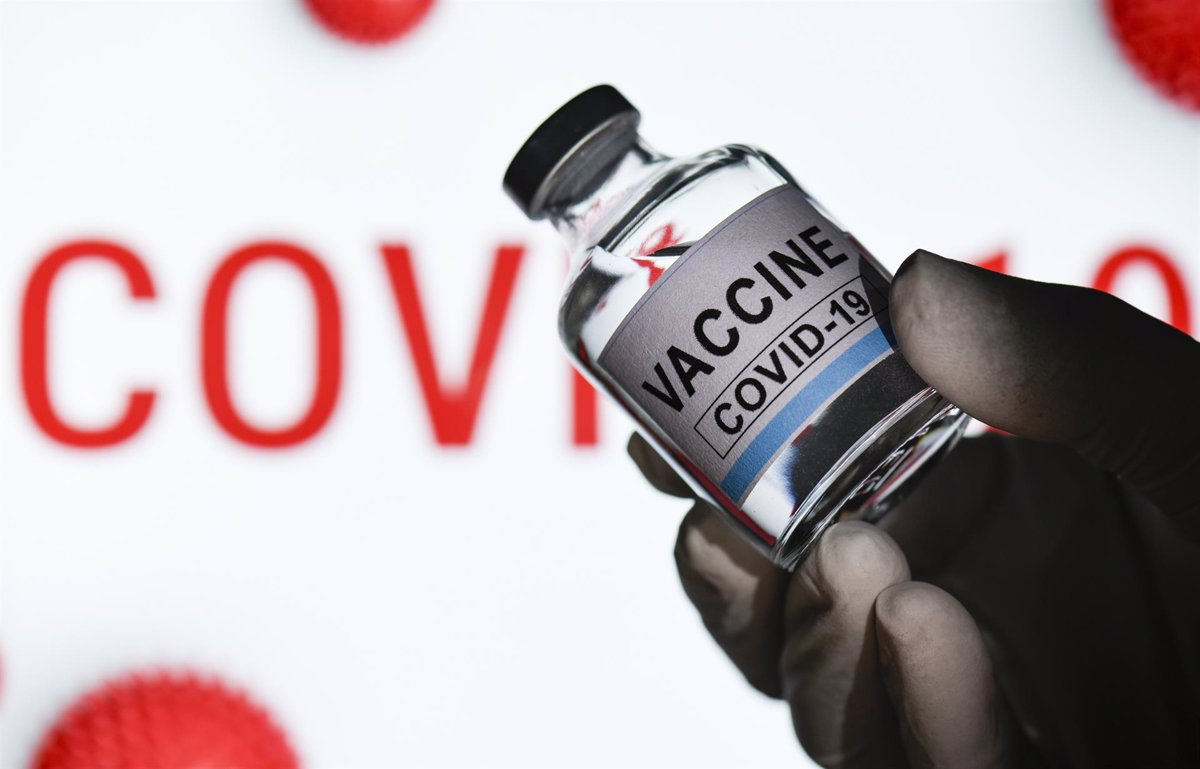 Coronavirus.- Obama, Bush y Clinton se ofrecen voluntarios para vacunarse  públicamente contra la COVID-19