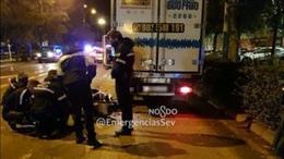 Accidente de tráfico en la avenida de la Paz de Sevilla