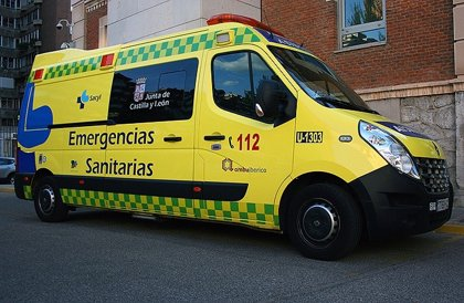 Un herido en la colisión entre dos turismos en la CL-621, en Bercianos del Páramo (León)