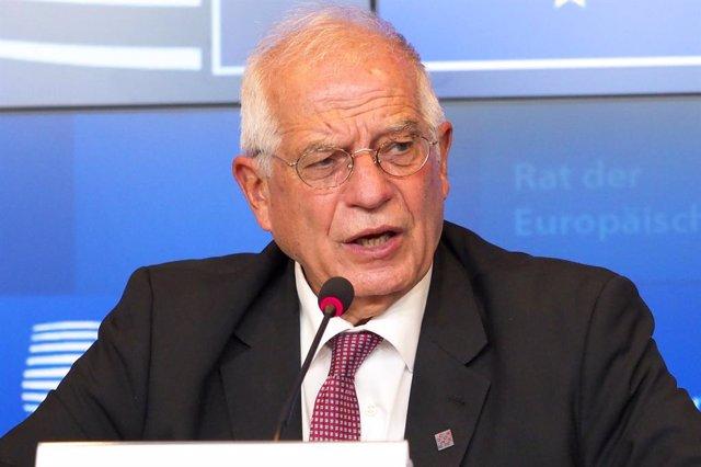 Josep Borrell en rueda de prensa en Luxemburgo