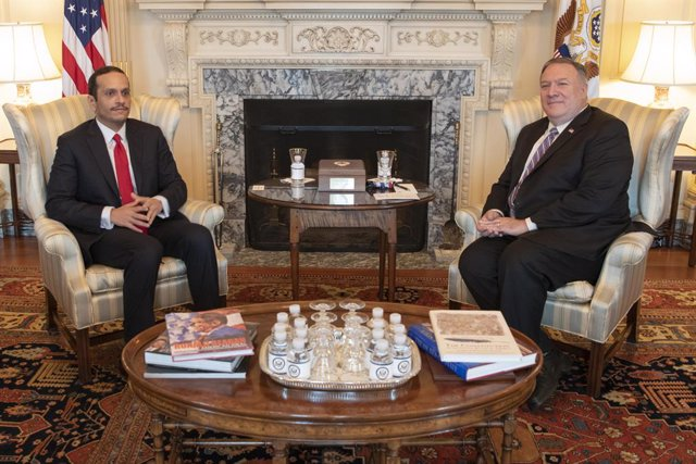 HANDOUT - 14 September 2020, US, Washington: US Secretary of State Mike Pompeo (R) meets with Qatari Deputy Prime Minister and Foreign Minister Mohammed bin Abdulrahman Al Thani, on the sidelines of the US-Qatar Strategic Dialogue in Washington. Photo: Fr