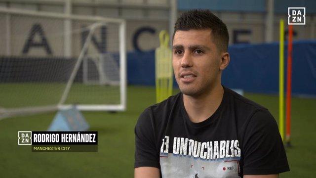 El centrocampista del Manchester City Rodrigo Hernández