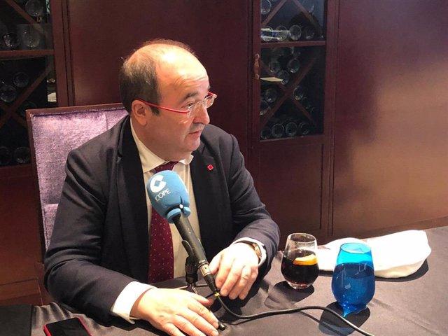 El primer secretari del PSC, Miquel Iceta, durant una entrevista aquest dissabte.