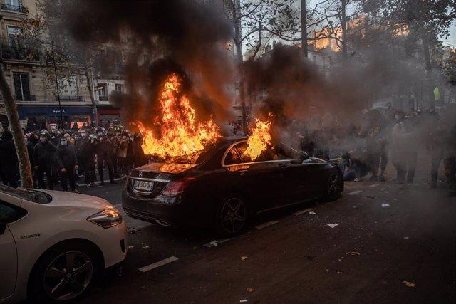Disturbios en París contra la Ley de Seguridad