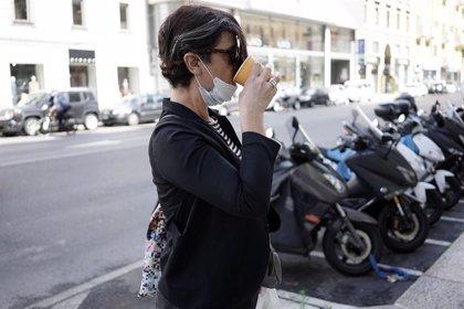 Italia continúa reduciendo contagios tras superar claramente el pico de la segunda ola