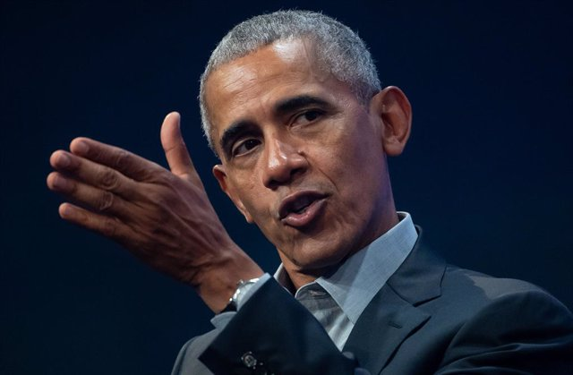 """FILED - 29 September 2019, Munich: Former US President Barack Obama speaks at the meeting of the founders and investors of Bits & Pretzels. The first volume of former US president Barack Obama's highly anticipated memoir """"A Promised Land"""" will be publishe"""
