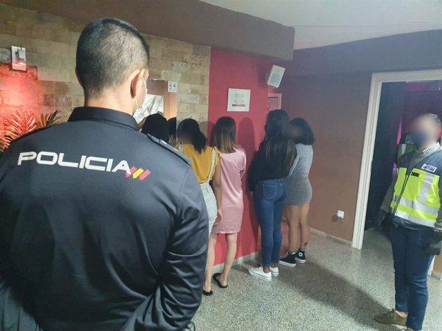 """Nota De Prensa:""""La Policía Nacional Desmantela Una Red Que Reclutaba A Mujeres Para Explotarlas Sexualmente"""""""