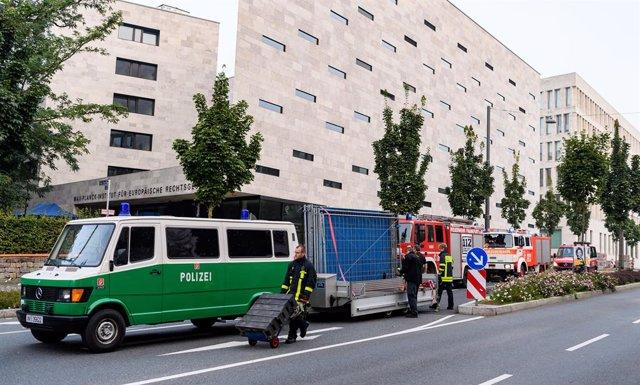 Evacuación de vecinos tras el hallazgo de una bomba en Frankfurt, Alemania