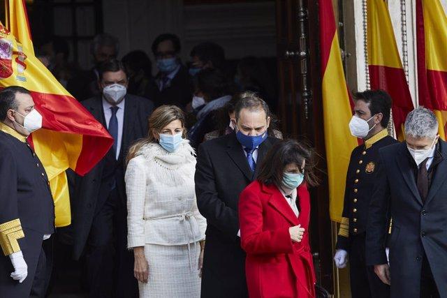 El ministre de Transports,  José Luis Ábalos, i diversos ministres assisteixen a l'acte amb motiu del 42 aniversari de la Constitució al Congrés. Madrid, 6 de desembre del 2020.
