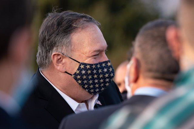 HANDOUT - 19 November 2020, Israel, Golan Heights: USSecretary of State Mike Pompeo visits Mount Bental and delivers joint press statements with Israeli Foreign Minister Gabi Ashkenazi, in Golan Heights. Photo: Ron Przysucha/US Secretary of State/dpa - A