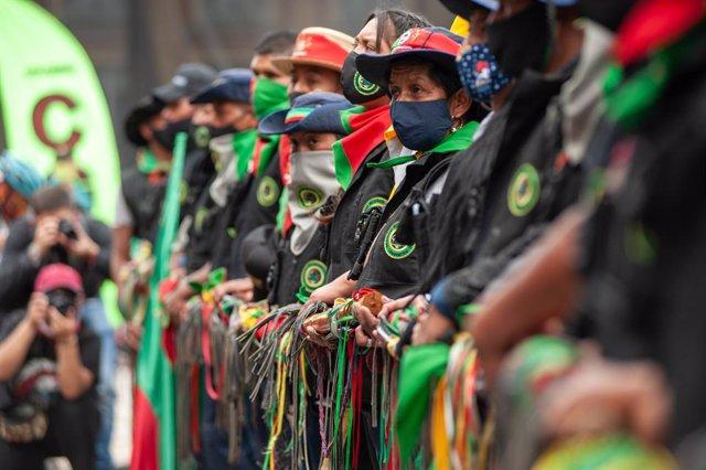 Marcha indígena del pasado mes de octubre a su paso por Bogotá, Colombia.