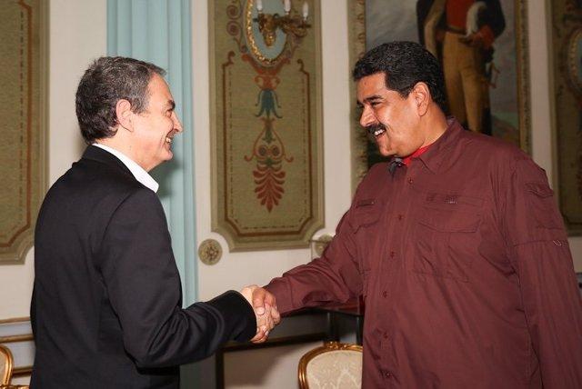 El expresidente del Gobierno José Luis Rodríguez Zapatero y el presidente de Venezuela, Nicolás Maduro.