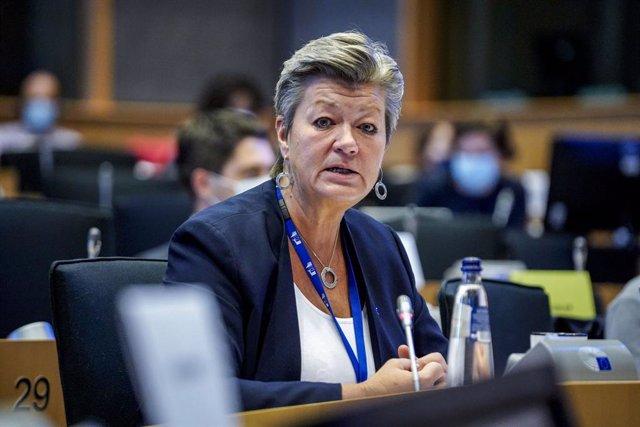 La comisaria europea de Interior, Ylva Johansson, en una sesión en el Parlamento Europeo, en Bruselas