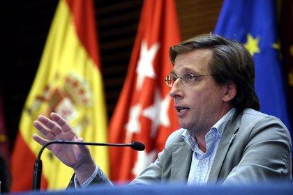 """Almeida traslada a Vox que """"no pueden impedir"""" que se hable con la izquierda sobre los presupuestos"""