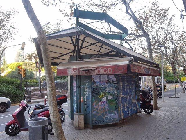 L'Hospitalet de Llobregat retira vuit quioscs en desús per guanyar espai a la vorera