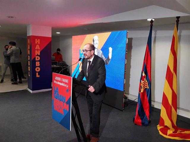 El precandidato a la presidencia del FC Barcelona Jordi Farré en la inauguración de su sede electoral, situada en la calle Numància número 63 de Barcelona