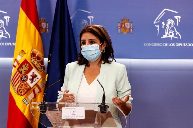 La portavoz del PSOE en el Congreso de los Diputados, Adriana Lastra, durante su intervención en una rueda de prensa convocada antes de la reunión de la Junta de Portavoces, en Madrid (España), a 15 de septiembre de 2020.