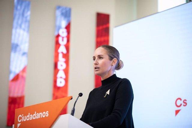 La portaveu de l'Executiva de Ciutadans, Melisa Rodríguez, en una roda de premsa a la seu del partit.