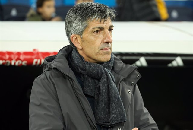 MADRID, SPAIN - FEBRUARY 6: Imano Alguacil, head coach of Real Sociedad during Copa del Rey football match played between Real Madrid and Real Sociedad at Santiago Bernabeu stadium on February 6, 2020 in Madrid, Spain.
