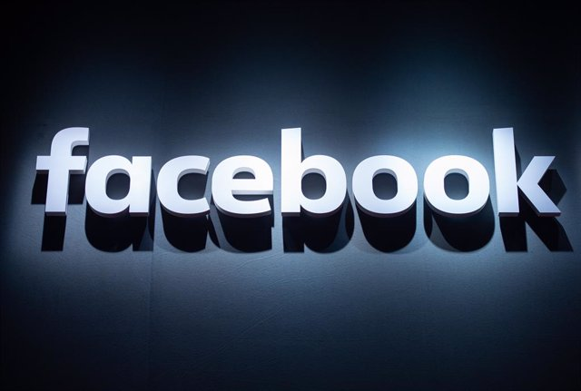 FILED - 22 August 2018, Cologne: The Facebook logo can be seen at the video games trade fair Gamescom. The US Justice Department has filed a lawsuit against the social media giant Facebook, alleging that the company discriminated against US workers and re
