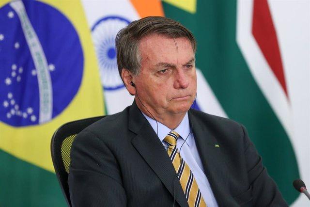 HANDOUT - 17 November 2020, Brazil, Brasilia: Brazilian President Jair Bolsonaro takes part in the 12th BRICS Summit via videoconference. Photo: Marcos Correa/Palacio Planalto/dpa - ACHTUNG: Nur zur redaktionellen Verwendung und nur mit vollständiger Nenn