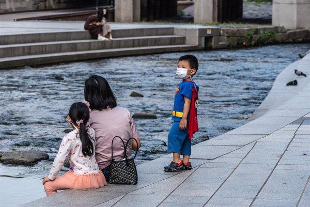 Corea del Sur registra por segundo día consecutivo más de 700 casos de coronavirus.