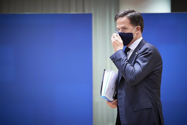 HANDOUT - 21 July 2020, Belgium, Brussels: Dutch Prime Minister Mark Rutte arrive sto attend the last roundtable discussion following a four-day European special summit, held to discuss a shared economic recovery plan. Photo: Mario Salerno/European Counci