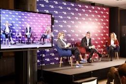 Presentación de las consejeras Maria Teresa Andreu y Joana Barbany, miembros de la precandidatura 'Sí al Futur' liderada por Víctor Font de cara a las elecciones presidenciales del FC Barcelona en enero de 2021