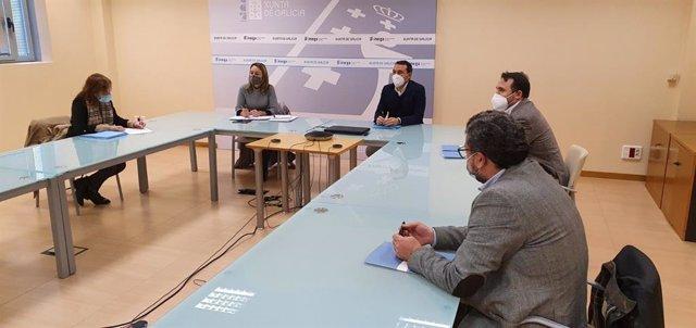 Reunión de la COMG y el ICOG con la directora xeral de Planificación Enerxética e Recursos Naturais de la Xunta