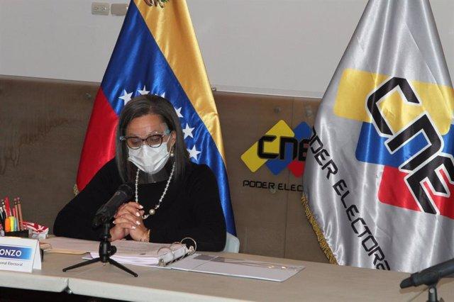 La presidenta del Consejo Nacional Electoral de Venezuela (CNE), Indira Alfonzo,