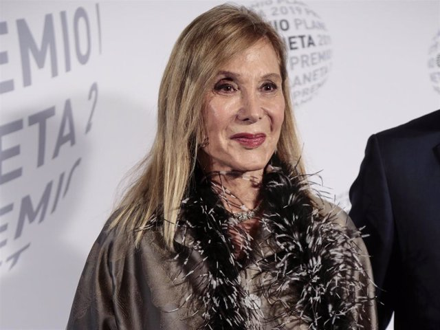 Pilar Eyre attends the '68th Premio Planeta' Literature Award,  the most valuable literature award in Spain with 601,000 euros for the winner, at the MNAC Museu Nacional d'Art de Catalonia on October 15, 2019 in Barcelona, Spain.