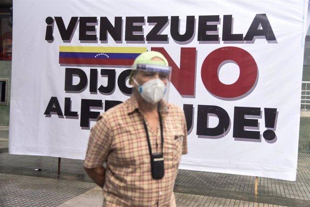 Consulta popular de la oposición contra el presidente de Venezuela, Nicolás Maduro