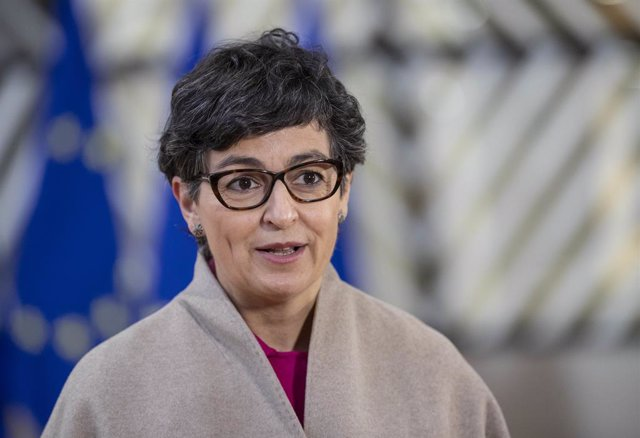 HANDOUT - 07 December 2020, Belgium, Brussels: Foreign minister Arancha Gonzalez Laya speaks to media as she arrives to attend the European Union Foreign Ministers meeting at the European Council building. Photo: Zucchi Enzo/European Council/dpa - ATTENTI