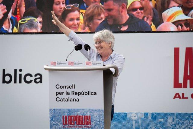 L'exconsellera d'Ensenyament de la Generalitat de Catalunya Clara Ponsatí durant l'acte del Consell de la República a Perpinyà (França) a 29 de febrer del 2020.